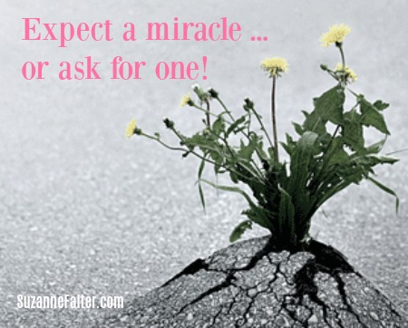 No matter what, your #mind will be soothed, your #body will #relax, and you will feel protected. Which ultimately leads to…yes…#miracles. https://t.co/iuIik3VKlv