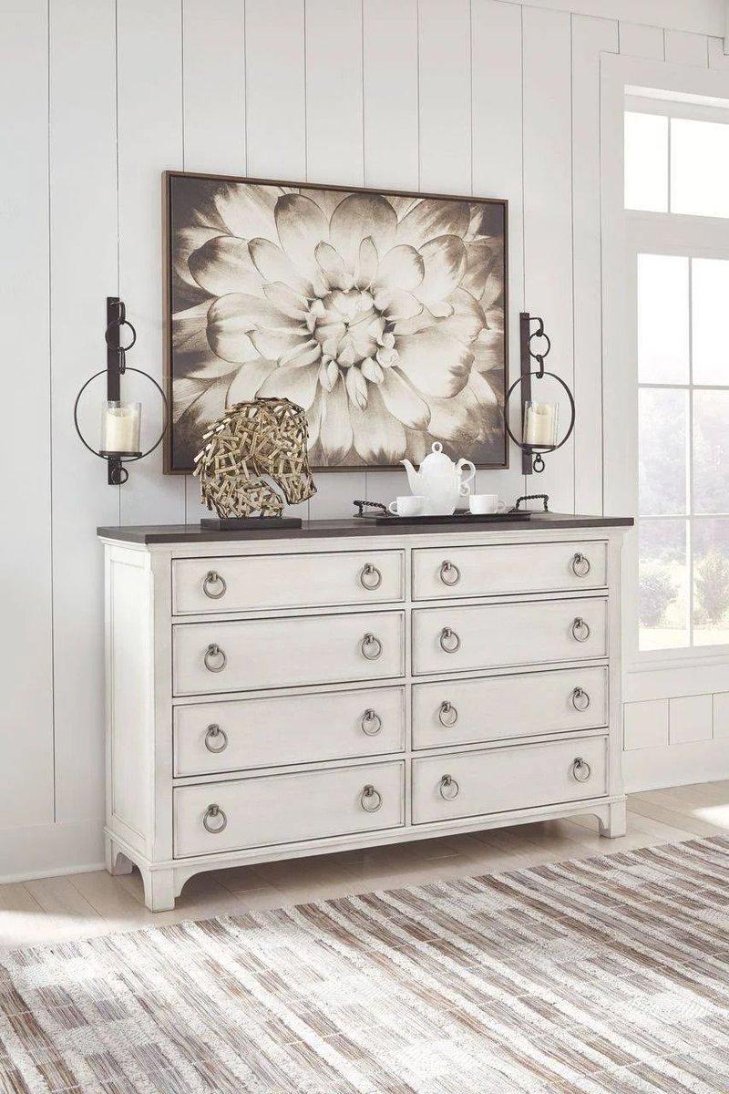 A rustic dresser to complete the look of your farmhouse home 👗 SHOP NOW @ https://t.co/hl6jbW4xBx  Follow Us 👇 #benzara . . . #furniture #dresser #woodencabinet #whitecabinet #rusticdecor #rusticdesign #rustichomedecor #neutraldecor #moderninterior #styleithappy #homewithrue https://t.co/SZgxqpz1CX