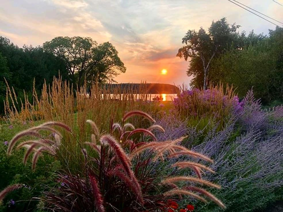 Door County moment brought to you by @michelecohn ...⠀ #destinationdoorcounty #Doorcounty #wisconsin #beautifuldestinations #sunsetmoment #livelifewell #travelwi #discoverwisconsin #explorethedoor #relax #serenity #justbreathe #enjoytheview https://t.co/lYD9BM8S9p