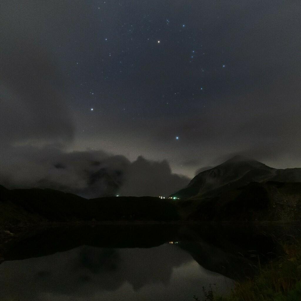オリオン座 #astrophotography #astronomy #photography #milkyway #orion #nightphotography #nightsky #stars #longexposure #space #night #astro #ig #universe #astrophoto #sky #nature #galaxy #nasa #cosmos #milkywaychasers #canon #longexpo #landscape #shot… https://t.co/TeRHa9EW3u https://t.co/8s2B9hLrTC