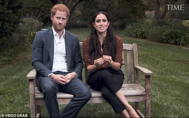 *NEW COLUMN* Murder at Markle Mansions, Archie learns about birds & bees, and Harry's great escape back to naked billiards: My sneak preview of the Sussexes' new reality TV show. dailymail.co.uk/news/article-8…
