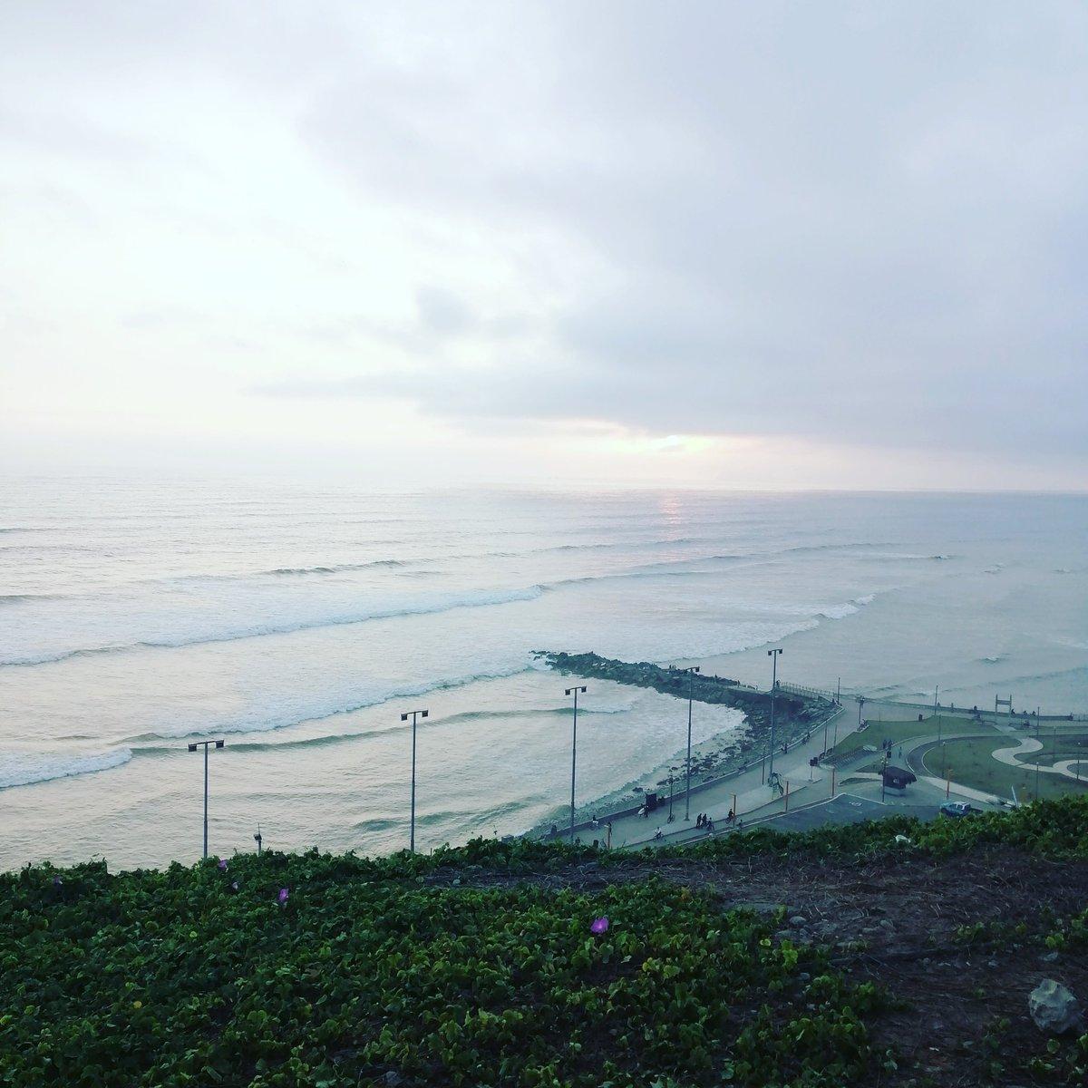#beach #miraflores #limaperu #perú #abogadosperu #abogadoslima https://t.co/0jQLQ7mEjg
