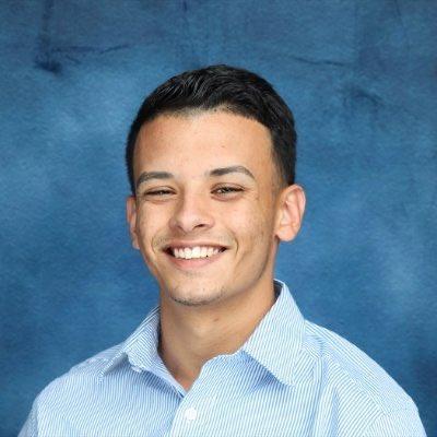 Everyone needs to vote for Luis Joel Méndez González running for Student Representative @NAHJ @m_joel17  #NAHJElection #MoreLatinosInNews https://t.co/5cM0uodulb
