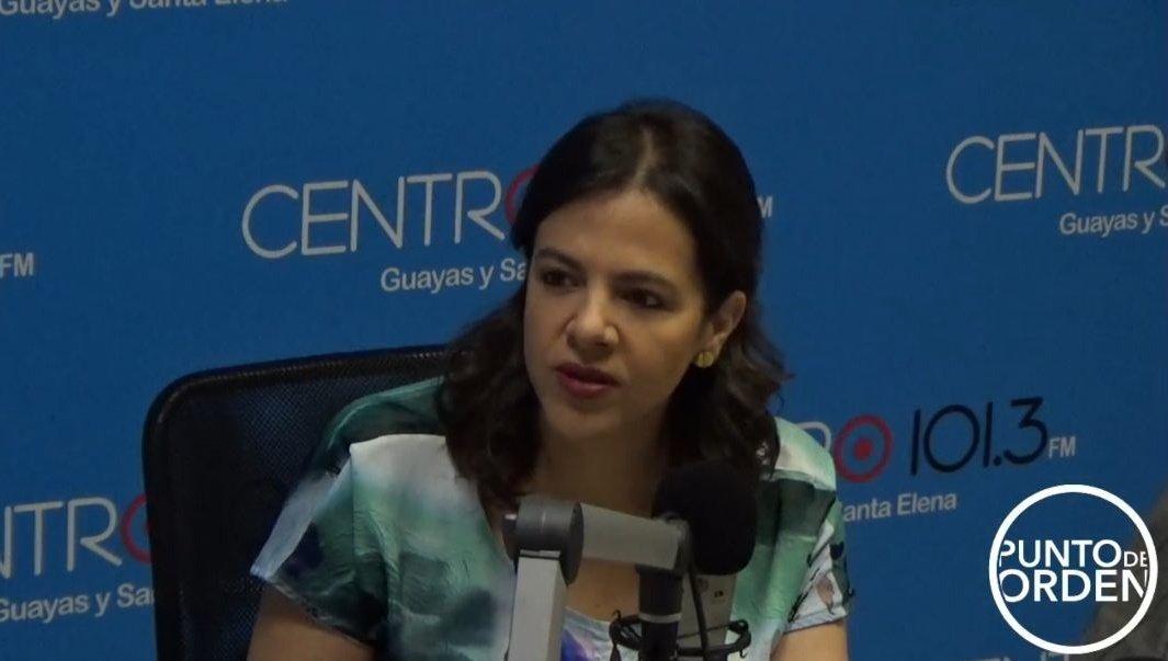 #AHORA🎙️📻 | En @radiocentroec de #Guayaquil, la ministra @mariapaularomo dialoga con @jxbenedeti y @pochoharbEC, señala que el tema del #Isspol es un sofisticado mecanismo de estructuras que ha tomado tiempo investigar.  Siga la entrevista en directo➡️https://t.co/II2t60qFAi https://t.co/pkSguVBjWQ