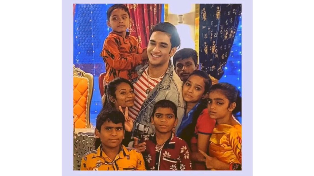 New video on @lostboy54 YouTube channel. This is pure happiness. Here's the link. #VikasGupta #VG #lostboywelfareassociation #lbwa #lostsouls #Happiness   👇🏻  https://t.co/COiJi87rhx https://t.co/gpJqo5nxU8