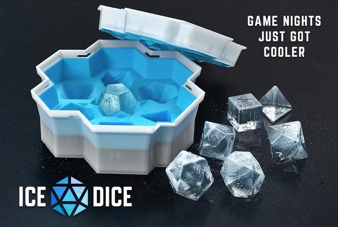 氷のサイコロを作れるやつ。