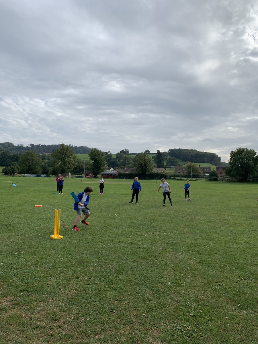 test Twitter Media - 🏏Another great afternoon here at Haresfield C Of E Primary School, working on batting and fielding with years 3, 4, 5 and 6🏏 Looking for the next generation of @HGCC14 cricketers! For more information on our school programme, please visit:  👉 https://t.co/bvryQmzuel 👈 https://t.co/T3BHJIKCj8