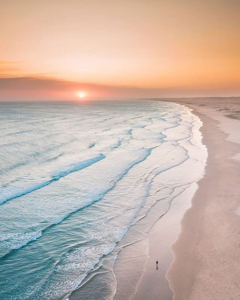 Oh just take a look at this!  Https://thedronetool. Com  #Bodyofwater #Sky #Sea #Horizon #Ocean #Coast #Shore #Beach #Wave #Naturalenvironment #dronesaregood #dronefly #aerialphotography #quads #photoshop #photoshoot #dronecanada https://t.co/thpkx0tbOs