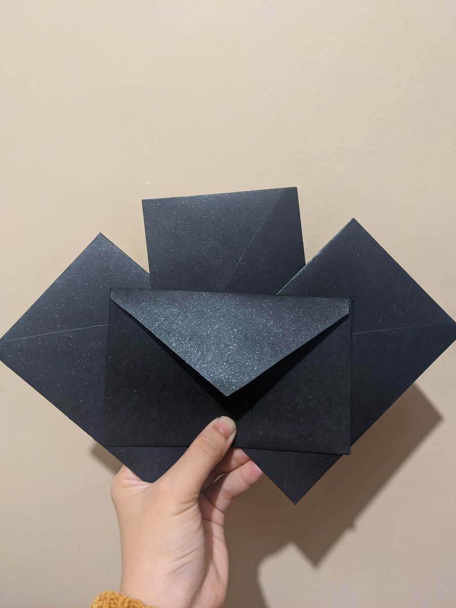 Black handmade envelopes  Shipping on Wed! Yay!  #handmade #papercrafts #black #arts #creatives #sunshine #iloilo https://t.co/Qbj8F91Q1b