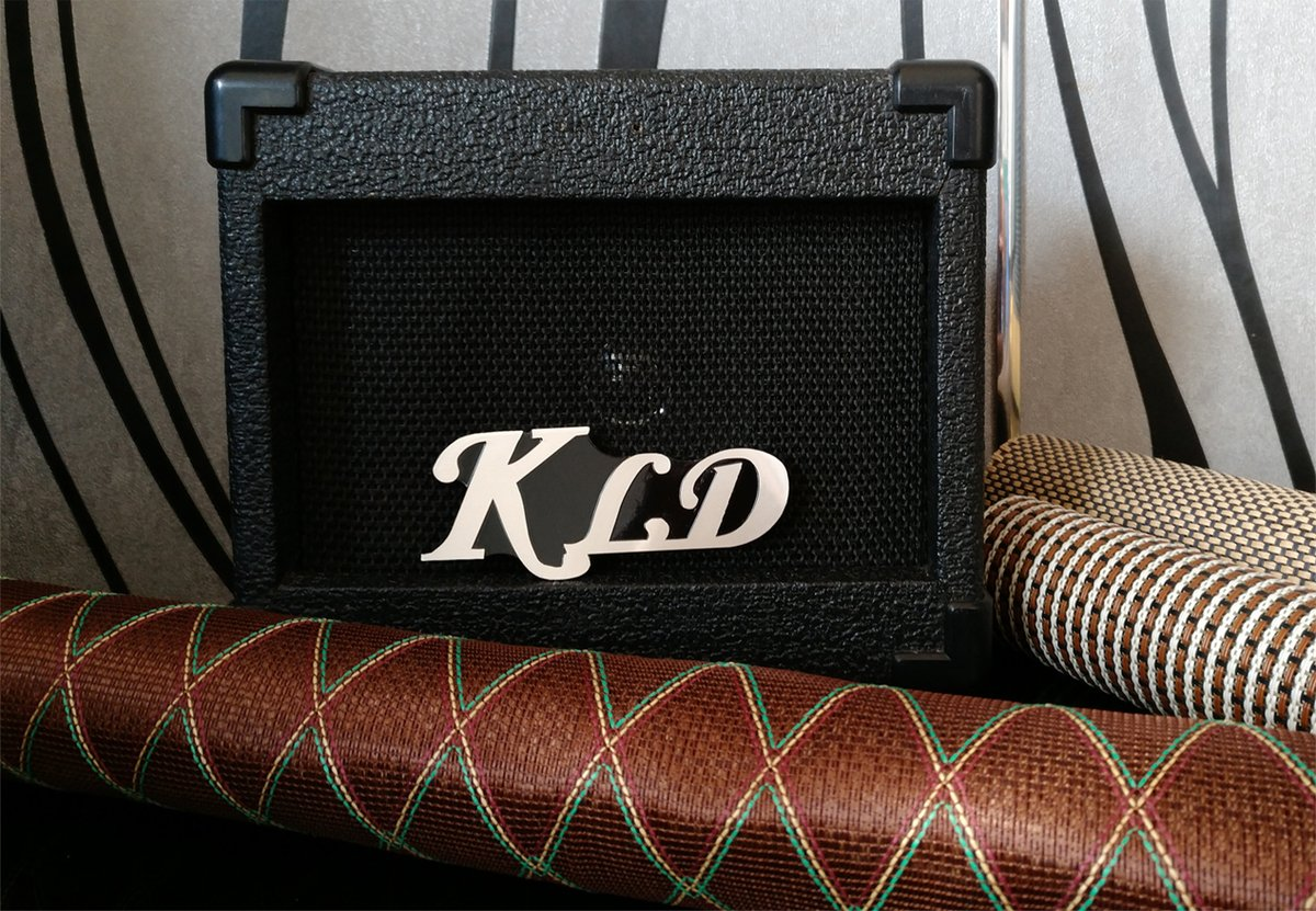 #KLD original grill cloth fabric of speaker cabinet. All #grill cloth of #KLD are from original vendors of brand amps company such #VOXamplification, #Marshall,#Fender, Customers can repair or make their amp or speaker cabinet. https://t.co/12iJVbyDYO