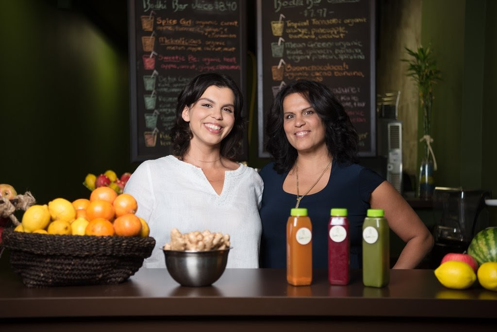 Our friends @bodhi_bar are celebrating a milestone 5 years in business this week!🎉 In just 5 years Naiomi has expanded the business to include 3 different locations.   To celebrate, they'll be offering $5 juices and smoothies all day on October 2nd! #BurlOn #DTBurlOn https://t.co/ZaX7cUTOmu