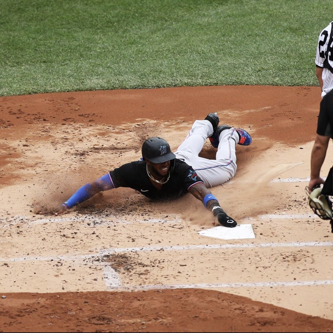Monte and the Marlins sliding safely into the Postseason. #EvoGeneral