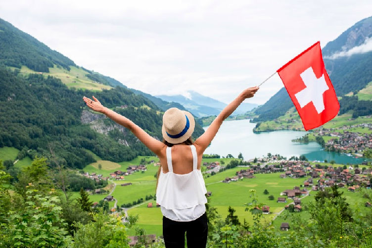 From cheese and cervelat to chocolate and meringue desserts, Switzerland has amazingly unique and delicious Swiss food products that every visitor simply has to try. #swissfood #switzerland #travel https://t.co/T9lWvq8fTh https://t.co/BzJmKVFMUW