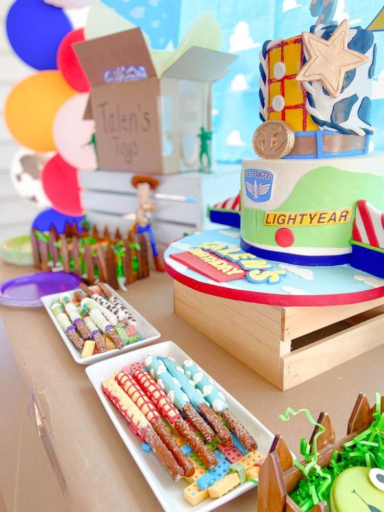 Check out this fun Toy Story birthday party. The cookies are fantastic! https://t.co/og9xSpv3r7 #catchmyparty #partyideas #toystory #toystoryparty #boybirthdayparty https://t.co/HkKNCSO0BB