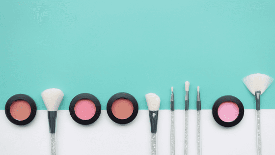 A Minimalist Makeup Routine for Everyone https://t.co/m3IxAOoOY5   #Beach #Minimalism #Mascara https://t.co/hHqaZr9lKV