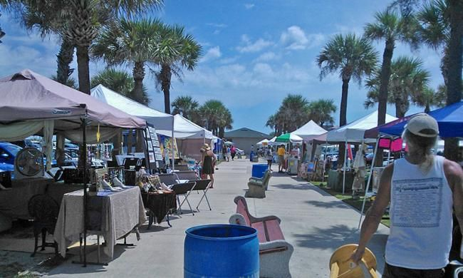 The #Wednesday #Pier #FarmersMarket at the #StJohnsCounty Pier offers fresh #fruit, #vegetables, #bread and local #arts and #crafts every Wednesday.With a number of different vendors, visitors can find a variety of unique, quality goods.#shoplocal   https://t.co/W2ooWBTniY https://t.co/whOS8RwgSM