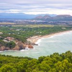 Image for the Tweet beginning: L'Illa Roja, la platja de