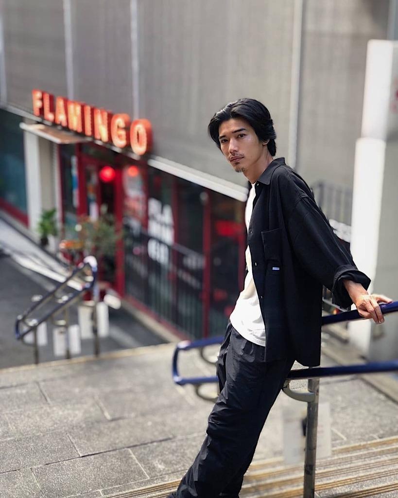 FLAMINGO  #山田悠介 #俳優 #actor #セルフィー #selfie #ポートレート #portrait #黒髪 #blackhair #flamingo https://t.co/2x6zHnWThB https://t.co/yqnGOemtIg