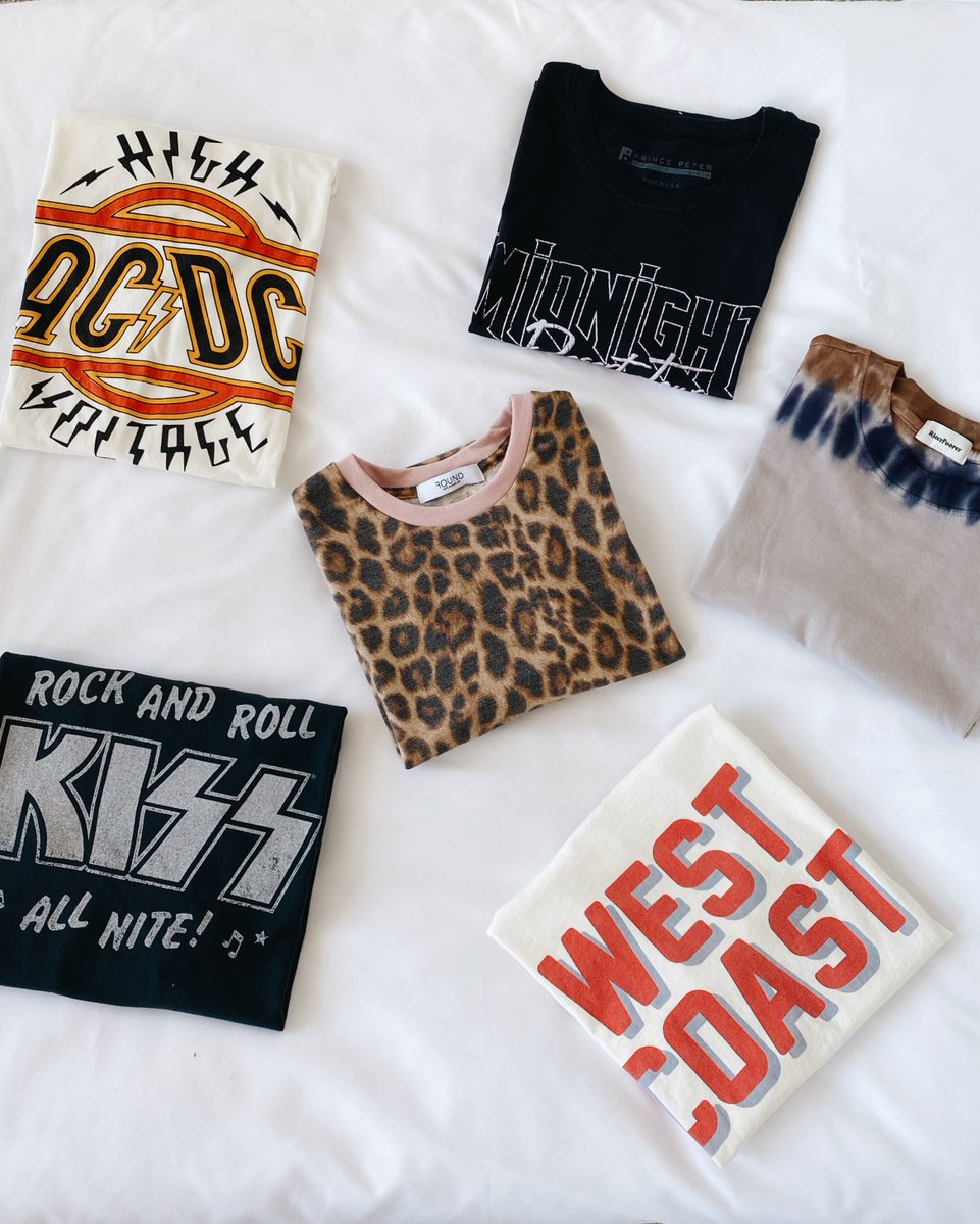 Wear now, later, and forever ✨ #lovelulus Shop our must-have graphic tees: https://t.co/Hr6iW0FyYB https://t.co/LYKxHVWNAD