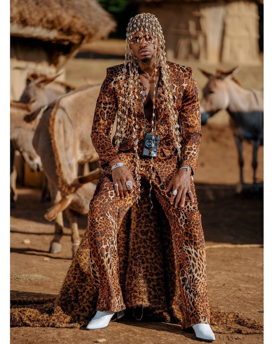 @diamondplatnumz #litawachoma @officialzuchu  @Wcbwasafi_  #africa #africandance #ndombolo #ngoma #bongofleva #wasafi #afrobongo #mamaafrica #africa #africandance #afro #afrobeats #africanmusic  #photos  #simba #lion #video #pic #picture #food https://t.co/Saws29qCyl