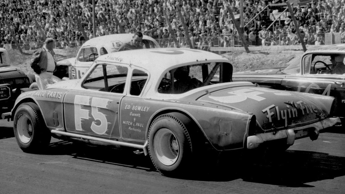 Remembering Smokey Boutwell today 9/6/1931 - 9/28/1993 #RIP New Hampshire native Nathan Smokey Boutwell raced sprints, midgets, modifieds and @NASCAR Grand National cars. He won races and championships throughout New England. #FlyinFive 🏁