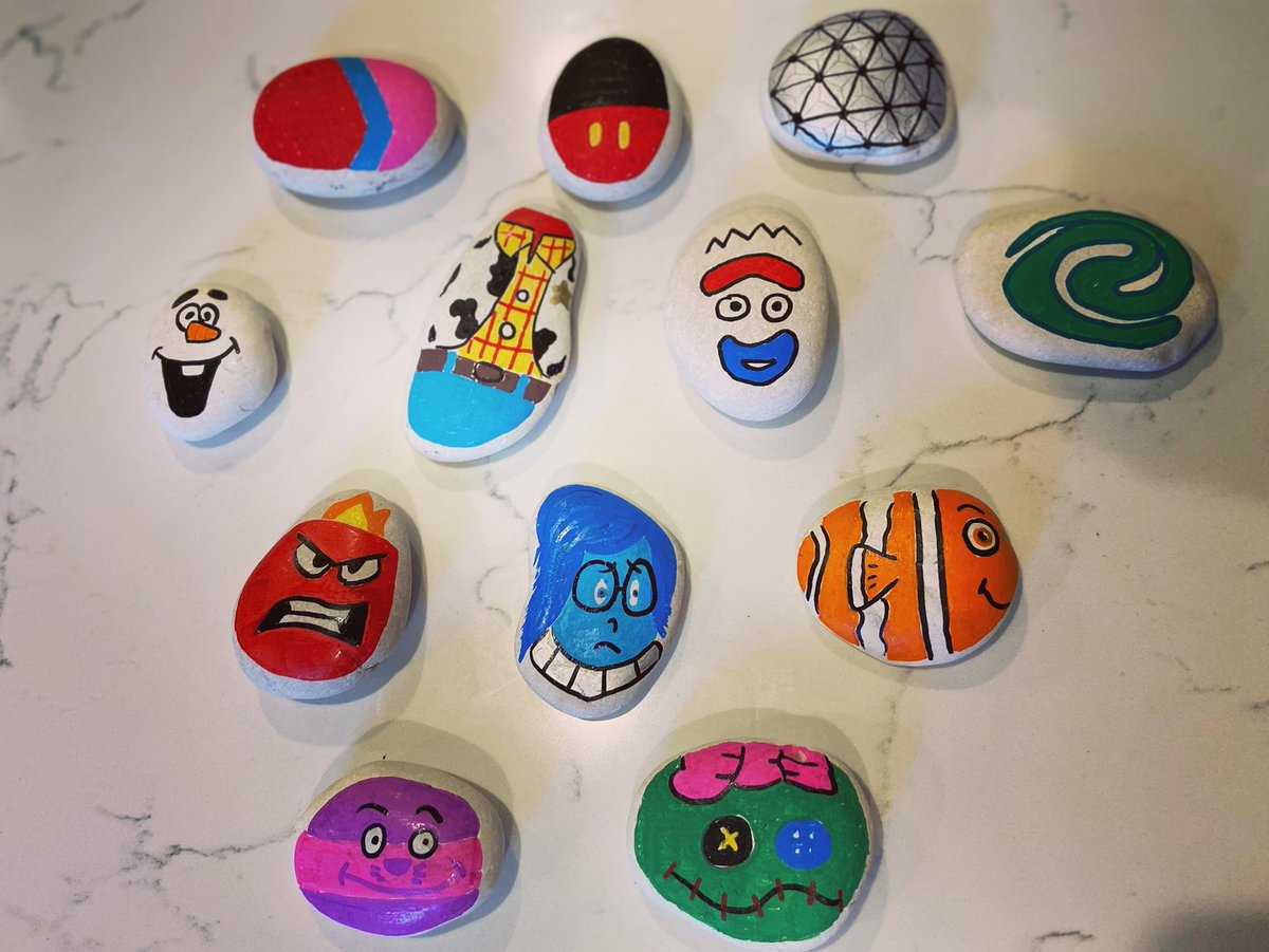Decided to paint some rocks this weekend to step back from screen time.  Can you name all of them?! #disney #waltdisneyworld #disneyworld #paintedrocks #pixar https://t.co/ODedAftE96