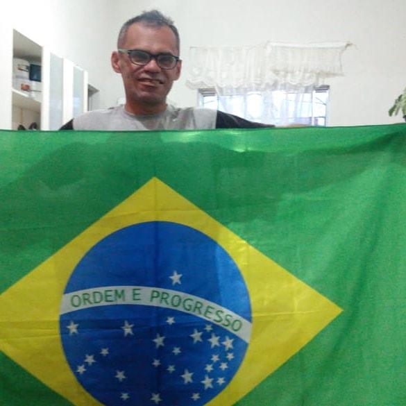 Como nossa bandeira de nossa nação está sendo mal vista por causa de bolsonaristas ruins https://t.co/TyqeEJNdFU