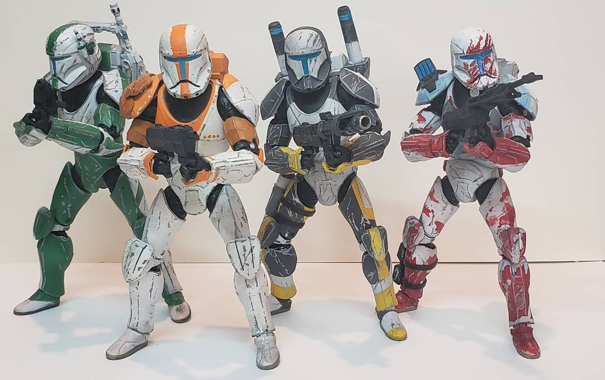 """""""Delta Squad form up.""""  Finished with my custom Star Wars Black series Republic Commando Delta Squad. These were alot of fun to make and its been a long time since I've made something for my self. #starwars #clonewars #starwarsclonewars #republiccommando #commando #clone https://t.co/niXuhotxgc"""