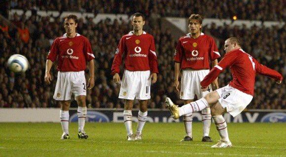 28/09/04  All Eyes On Rooney 📸 https://t.co/vWJvuNKaal