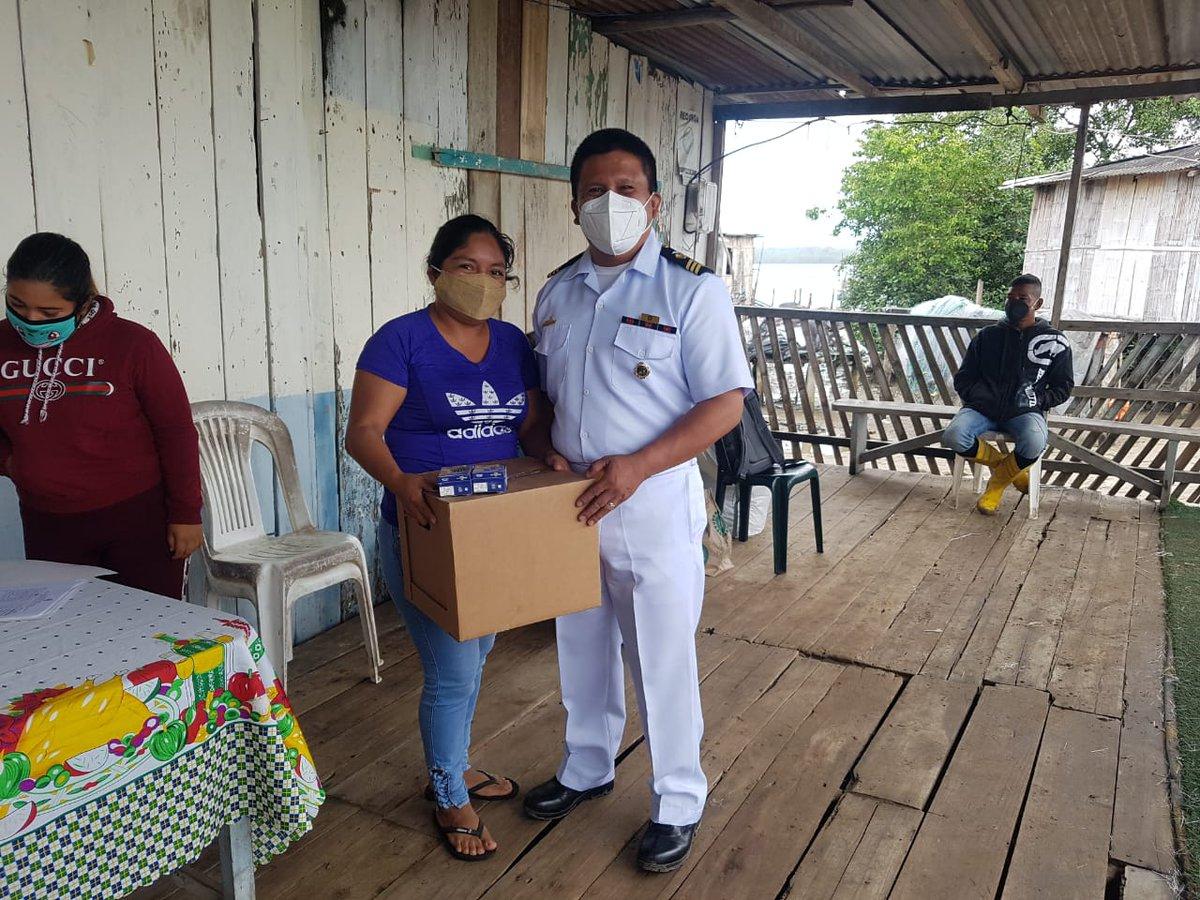 #ElOro  Se realiza la entrega de 70 kits con alimentos no perecibles a familias vulnerables de la isla #LaPuntilla de #ElGuabo con el objetivo de brindar asistencia social a la comunidad de escasos recursos económicos #DIGEIM ⚓️2020 Compromiso y Orgullo Institucional⚓️ https://t.co/1u2yOtf3PC