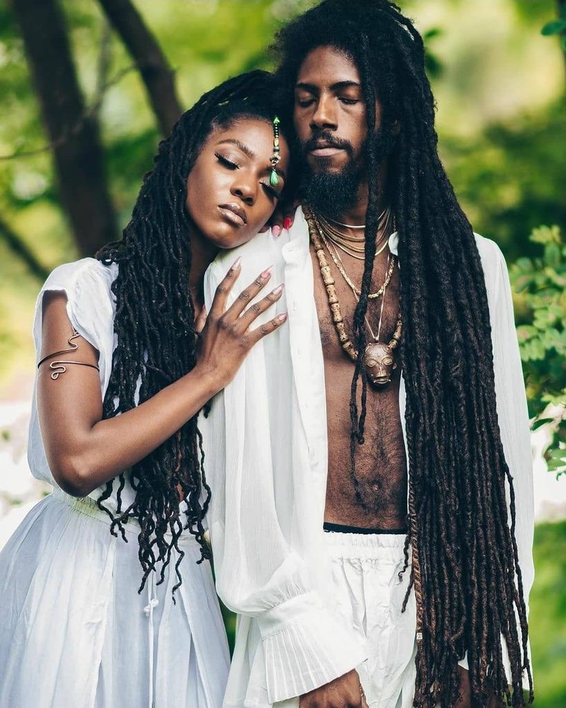 """Where they can't breathe, we carry the oxygen..."" ▪︎Royals: @_locstarrr @keython Photography @thessentialistxx Crown Adornment @adornedintaji #TajiMag #Melanin #BlackCulture #AfricanCulture #BlackOwned #makeupforblackwomen #africanfashion #melaninri… https://t.co/gEOxFo1bvF https://t.co/Huh3Tan7gd"