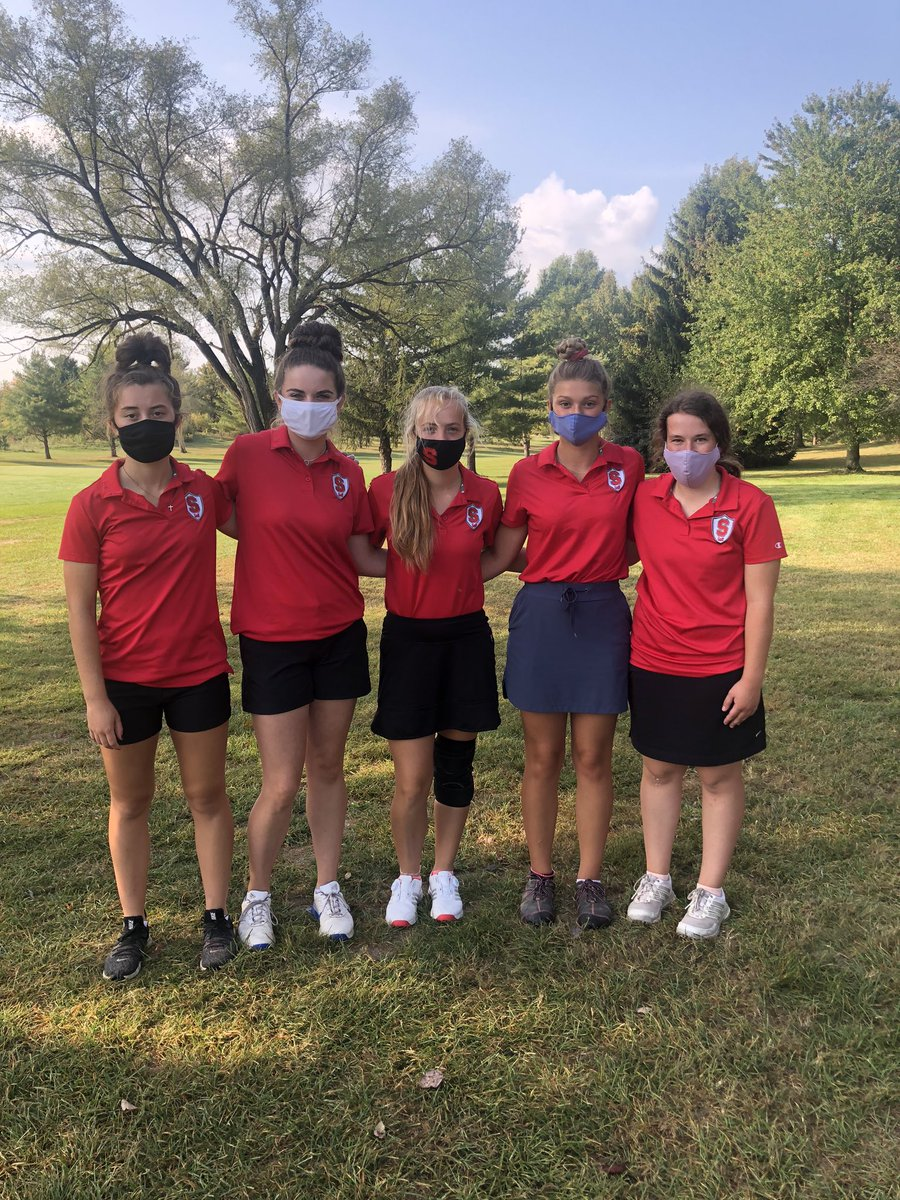 Great job today ladies! Second place today at Sectionals with a 376 advancing to Districts next Tuesday at Pickaway Country Club 💚⛳️ #SHS #shsgirlsgolf https://t.co/zqHN5PhqQy