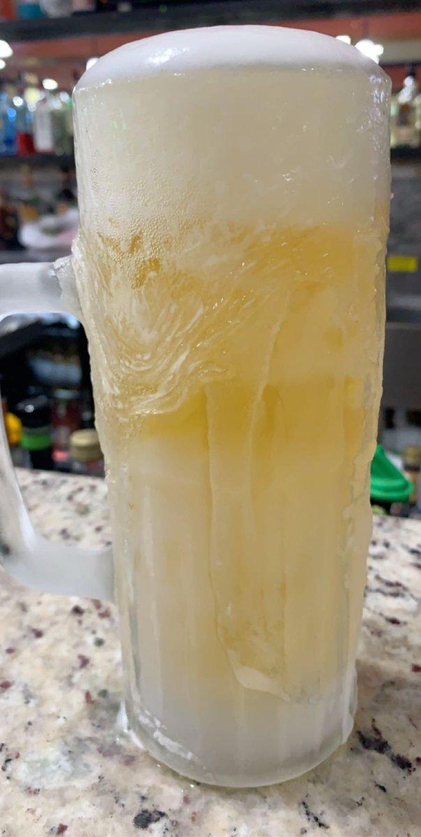 Cheers to you and me #cheers #beeroclock #beer https://t.co/dUupRekV3c