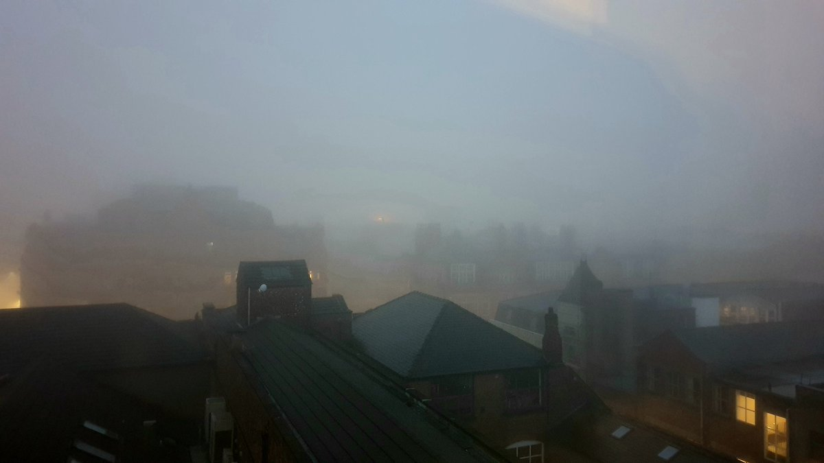 Good morning from a foggy #Manchester #manchesterweather https://t.co/me22WypX83
