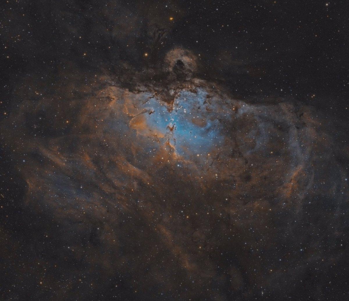 Hubble palette of the Eagle nebula was finally done. Subs:  Ha: 63x180sec OIII: 60x180sec SII: 63x180sec Gain: 139 Temp: -10 degrees #astro #astronomy #astronomia #Astrophotography #eaglenebula #deepskyobjects #messier16 #amateurphotography #nasa #space #universe #esa #Slovakia https://t.co/pZpK7lDf9l