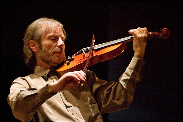 #Today in 1942 Birth of French #violinist Jean-Luc #Ponty #MusicHistory #classicalmusic https://t.co/azAt9gqvB6