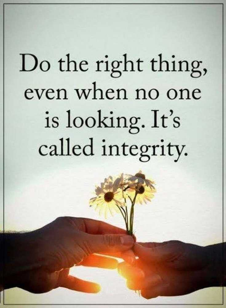 Do the right thing, even when no one is looking. It's called integrity. #citation #quotes #motivationalquotes #motivation #StayHomeStaySafe #FridayFeeling #fbf #FlashbackFriday #FridayMotivation https://t.co/75WAdP00PF