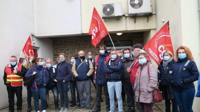 Quimper. Grève des agents de La Poste : « Il reste souvent du courrier, pas distribué » #Quimper #La Poste #Grèves @OuestFrance https://t.co/jpJULVrntt https://t.co/ws5BwKbzqz
