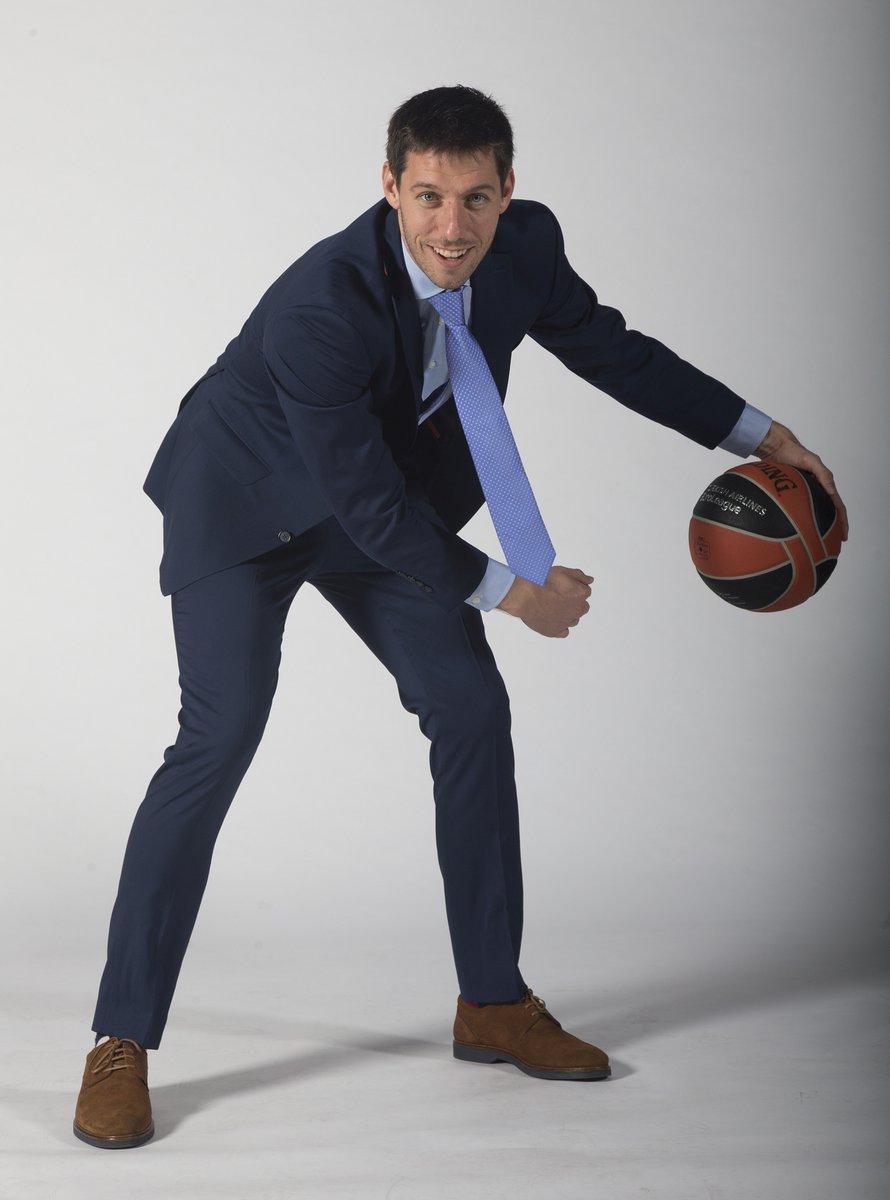 👔 ¡Ponte traje! Y que sea de @sastreriajajoan  Cas 👉 Sastrería Jajoan repite por tercera temporada como proveedor oficial de trajes del Valencia Basket  https://t.co/CdtspN9jan  Val 👉 https://t.co/rX3zPOL10A  Eng 👉 https://t.co/3Kj02x7f4H  #EActíVate https://t.co/SGZbmUAgpJ