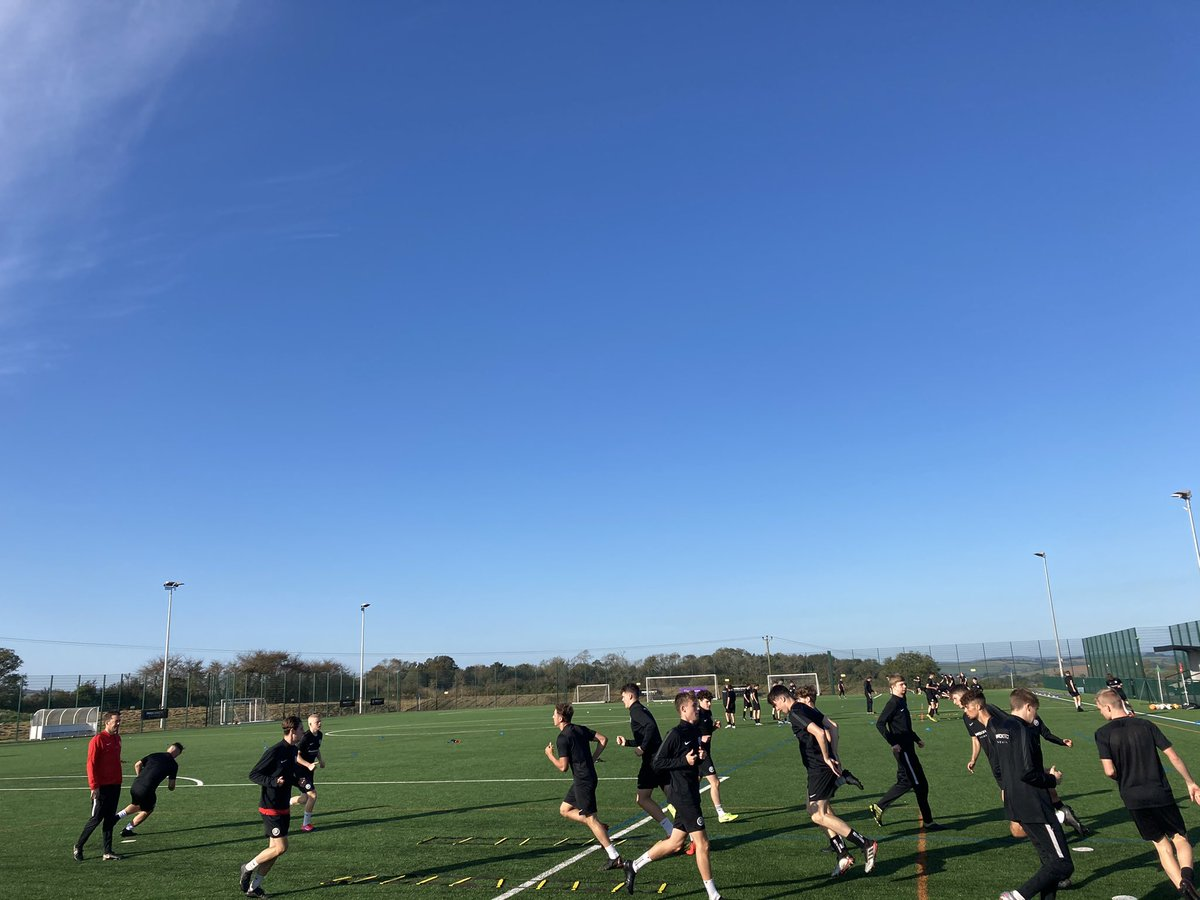 Great to see the @pda_Devon @sdcollege football academy 1st 2nd & 3rd teams in action training this morning and seeing the new AI Veo game analysis in action and hear that first friendly of the season was a win against Millfield 2:1! Nearly 100 in the academy and a fifth women! https://t.co/YuwFh03Qvq