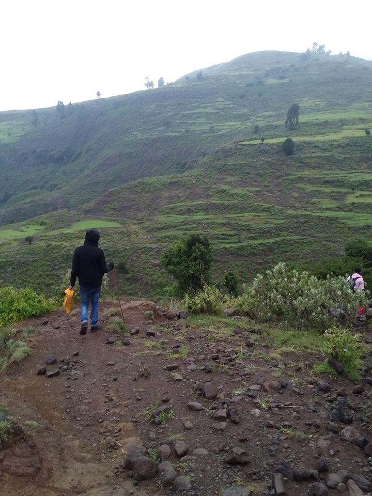 Traveling to grand parents land የሻ #EverydayEthiopia #Breathtakingnature  it is 3 to 4hrs foot path from gisherabel to yesha. https://t.co/9ASK6vDvai
