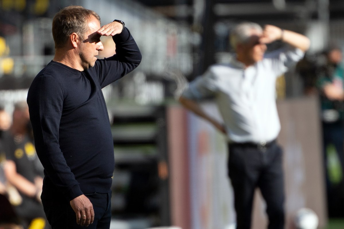 """""""Der BVB hat eine fantastische, sehr junge Mannschaft, aber auch viel Erfahrung in den Reihen. Sie spielen attraktiven Fußball, mit starkem Zug in der Offensive. Das gefällt mir. Wir können uns mit den besten in Deutschland messen. Dieses Spiel wird uns weiterbringen."""" #FCBBVB https://t.co/7HMCSzh6uV"""