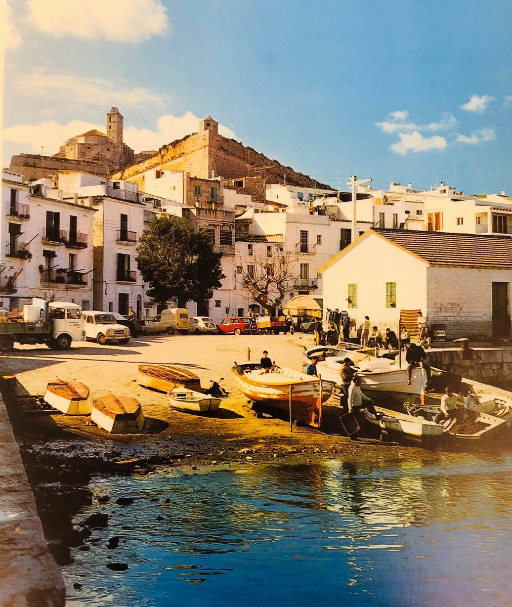 Ibiza 1974😍 #ibiza #daltvilla https://t.co/LGkNFSXxlj