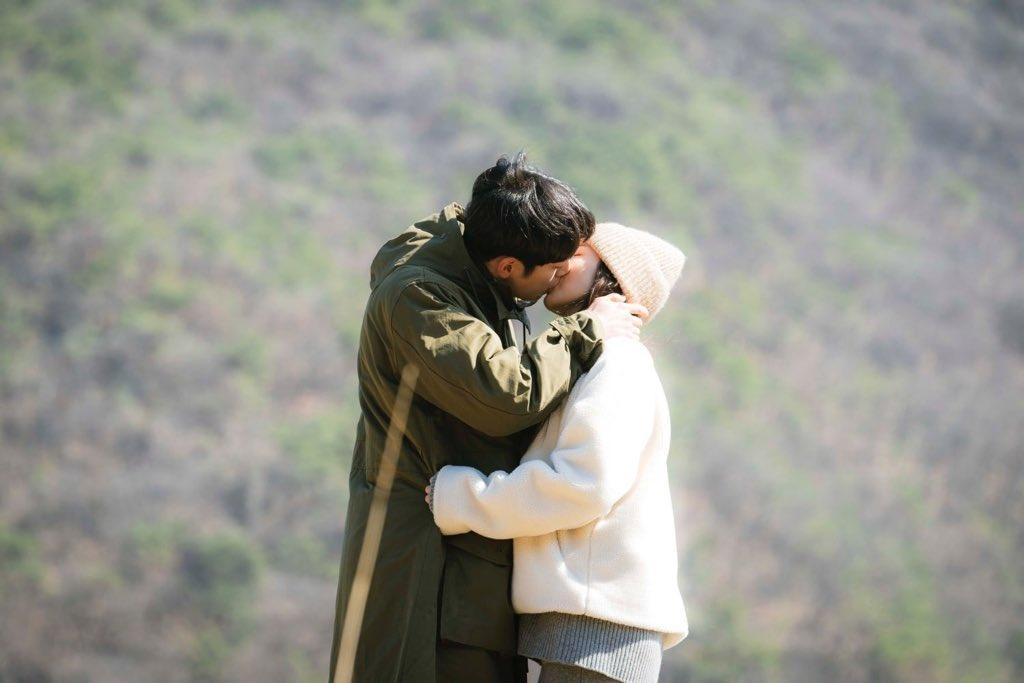 still you & always you ♥️  #WhenTheWeatherIsFine #SeoKangJoon #ParkMinYoung https://t.co/4v7TkKLLfu