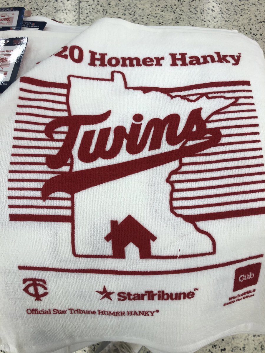 I've got two #MNTwins homer hankys to give away.  RT to enter, must be following to win.  Will draw throughout today's game.