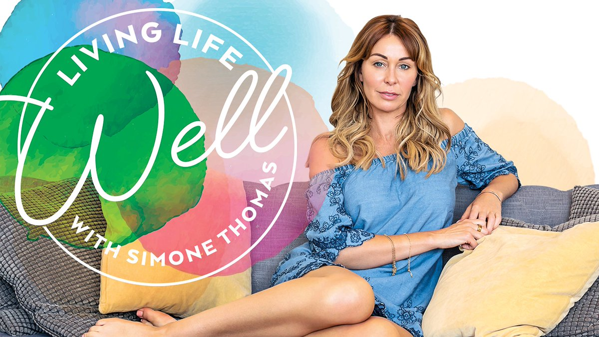 Who's been listening to my #LivingLifeWell #podcast? 😁  🎧  I now have 8 episodes live covering all things #wellness from adopting an #organic diet, developing healthier habits through mindset, treating #hairloss and emotional #wellbeing 🍉  Listen: https://t.co/eKZ5RVQ7cx https://t.co/CsJIWbxUiT