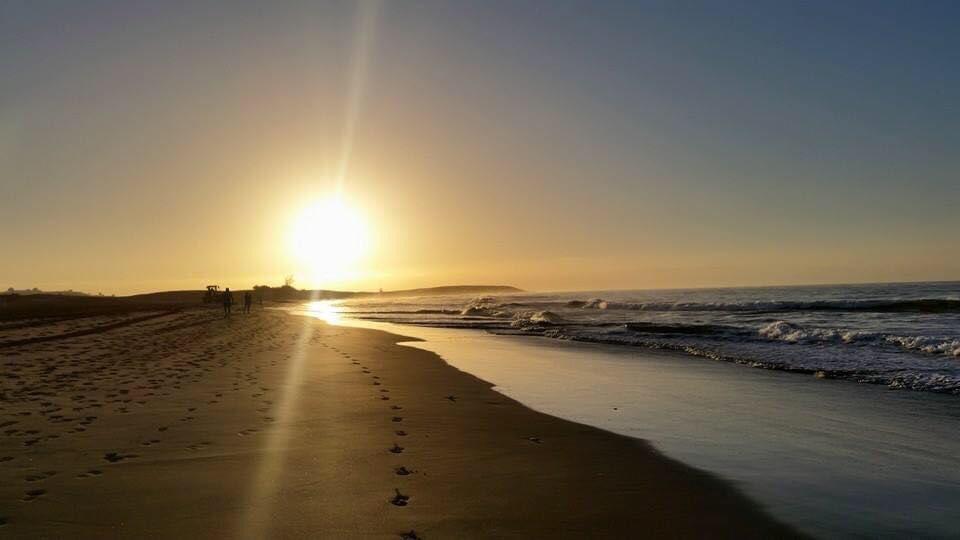 Se nos va el martes y con él llegamos al último día de septiembre.... #maspalomas #GranCanaria  #CostaCanaria #Relax #Momentos #Alegría #Mar #Sal #Playa #Arena #Risas #Olas #Amor #Diversión   #Dunas https://t.co/DQoheAB7uI