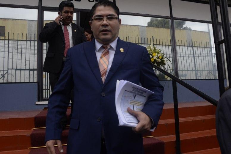 test Twitter Media - #AHORA El MP dio a conocer que el excongresista del Parlacen, Othmar Sánchez, se puso a disposición del Juzgado Tributario debido a un caso que es conocido por la Fiscalía de Delitos Económicos y que está relacionado a defraudación tributaria. https://t.co/FVWCK0o8wh