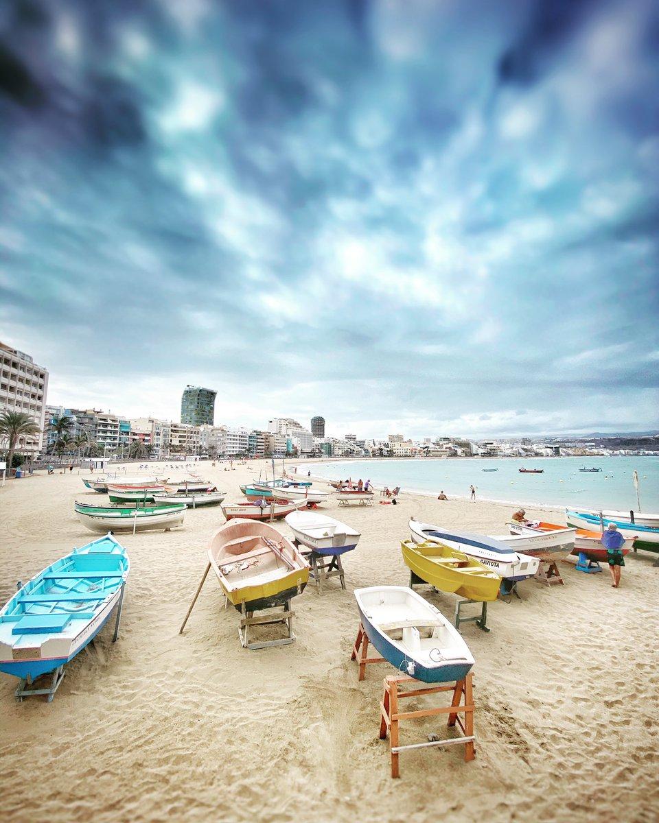 Estampas de nuestra playa #LaPuntilla #LasCanterasLifestyle #ViveLasCanteras @canarias_es @EmocionesCan https://t.co/9idefQl0Ri