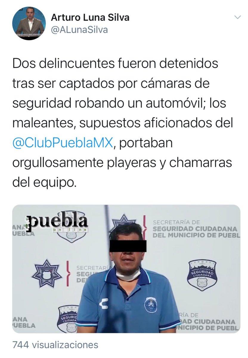 """#LaFranjaQueNosUne El sujeto detenido ayer por robo de auto no sólo resultó aficionado del @ClubPueblaMX sino que fungió como """"secretario técnico"""" del equipo 🎽 en 2016, año en el que por cierto desapareció de la bodega toda la ropa de los jugadores. https://t.co/ip2vq80kb7"""